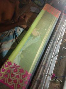 jamdani saree being made